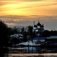 Тихий майский вечер, на закате :: Николай Белавин