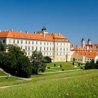 Усадьба в Валтице, Чехия :: Alex Molodetsky