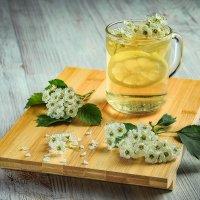 Белый чай с лимоном :: Алексей Кошелев