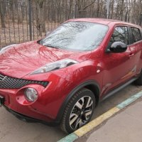 Красный Nissan :: Дмитрий Никитин