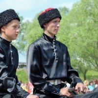 Едут, едут наши казаки.... :: Иван Нищун