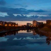Вечером на Русановке :: Людмила Зайцева