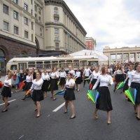 Танец с зонтиками :: Дмитрий Никитин
