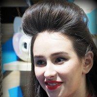 образ стилизованной девушки :: Олег Лукьянов
