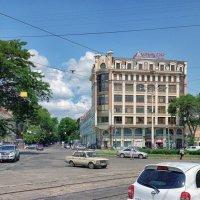 Старейшая площадь в центре города, - Тираспольская площадь. :: Вахтанг Хантадзе