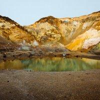 Вулканическое озеро... :: алексей афанасьев