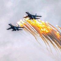 ВВС поздравляют город с 85-летием! :: Виктор Иванович