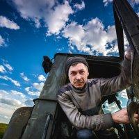 Тракторист... :: Влад Никишин