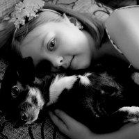 С любимой собачкой :: Анна Шишалова