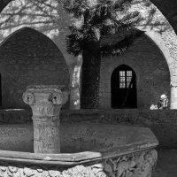 Внутренний дворик, монастырь Айя-Напы :: Оксана Лада