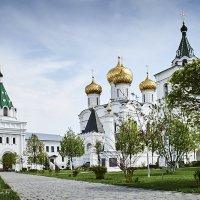 Кострома. Ипатьевской монастырь :: Александр Амеличкин