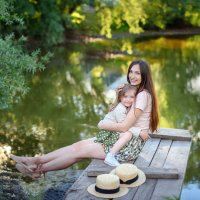 Мама и дочка :: Дарья Дядькина