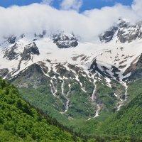 вид на горы Таймази и водопады Три Сестры (Таймазинские), Дигория :: Мария Климова