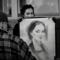 На улицах города. :: Tatiana Shkarupa