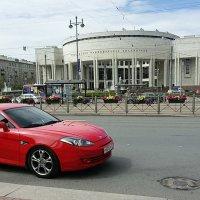 Красная машинка :: Galina Belugina