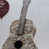 Шоколадная гитара :: Герович Лилия