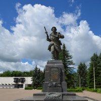 Великие Луки. Памятник Александру Матросову. 19 июня 2017... :: Владимир Павлов