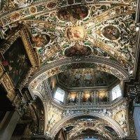 Бергамо Италия :: влада маллер