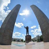 Утро космической эры. Памятник Гагарину :: NICKIII Михаил Г.