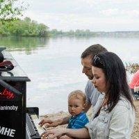 Свободное Пианино на Минском Море 20-05-2017 :: Александр Манько