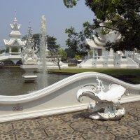 2017. Таиланд. Чианграй. Белый храм (5) :: Владимир Шибинский