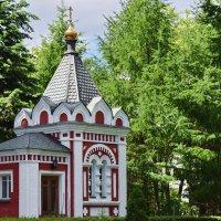 Часовня, построенная в честь 300-летия Романовых, построенная к 1913 :: Татьяна Помогалова