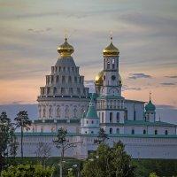 Новый Иерусалим сегодня на закате :: Viacheslav Birukov