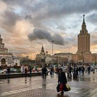 Просто так, просто красивое небо над Москвой. :: Алексей Некрасов