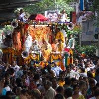 RATH YATRA в Калькутте :: Александр Бычков