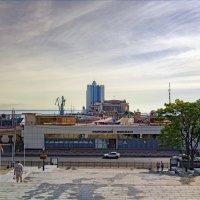 Утро у Морского вокзала. :: Вахтанг Хантадзе