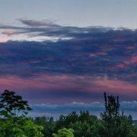 Панорама сизо-розовых облаков :: Анатолий Клепешнёв