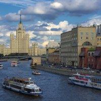 Москва :: Андрей Шаронов