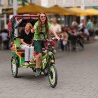 Симпатичная рикша :: Alexander Andronik