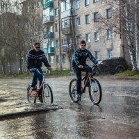 Холодный дождь в начале лета :: Валентин Кузьмин