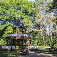 Беседка в парке :: Герасим Харин