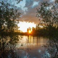 вечер на озере :: Денис Сидельников