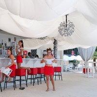 Пока в баре нет посетителей :: Татьяна Манн