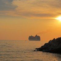 Корабль идущий на Италию :: Яна Чепик