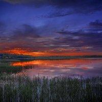 Закат над озером :: Борис Соловьев