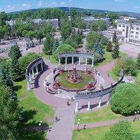 Парк Гагарина,сад металлургов Новокузнецк, фонтан Новокузнецк :: Юрий Лобачев