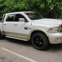 Белый пикап Dodge :: Дмитрий Никитин
