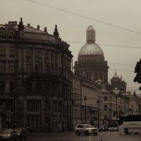 Пан Ленинград, я влюбился без памяти в Ваши стальные глаза.. :: Константин Король