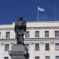 Памятник исследователю Новой земли Пахтусову П.К. :: Анна Воробьева