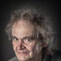 Портрет не молодого человека... :: Сергей Смоляков