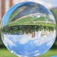 Крутится вертится шар голубой. :: Татьяна Помогалова