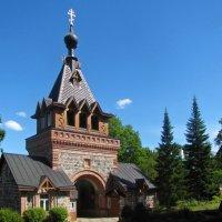Святые Врата (вход в монастырь) :: veera (veerra)