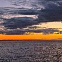 закат над заливом :: Елена