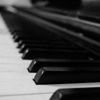 Фортепиано :: Алиса Нелеп