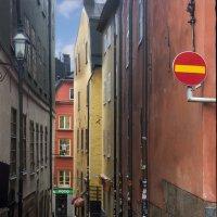 На узких улочках шведской столицы... :: Cергей Павлович