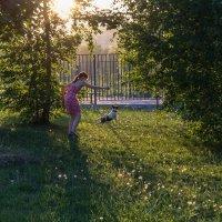 Дама с собачкой :: Алексей Ларин